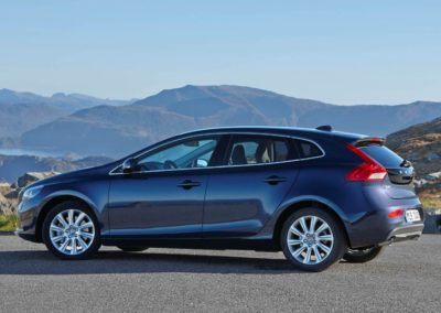 VOLVO V40 D2 Business