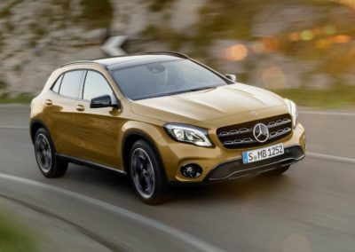 MERCEDES GLA 180 d Executive