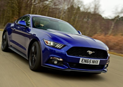 FORD Mustang Fastback 2.3 EcoBoost 01