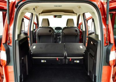 FORD Tourneo Courier 1.5 TDCI 95 CV Plus2